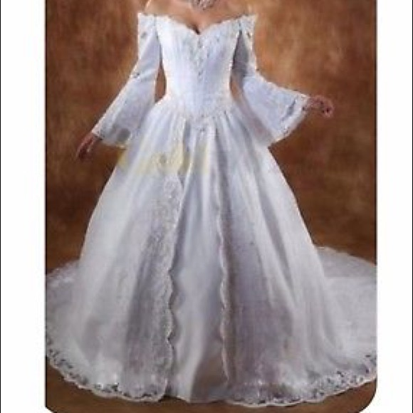 Renaissance Wedding Dress.Renaissance Plus Size 24 Wedding Dress